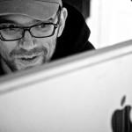 Andreas digger data og musikk